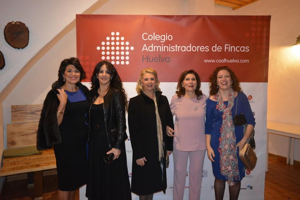 Mercedes Romero, Patricia Muñoz, y esposas de Rafael Trujillo y Manuel Castro, y Alicia Creagh