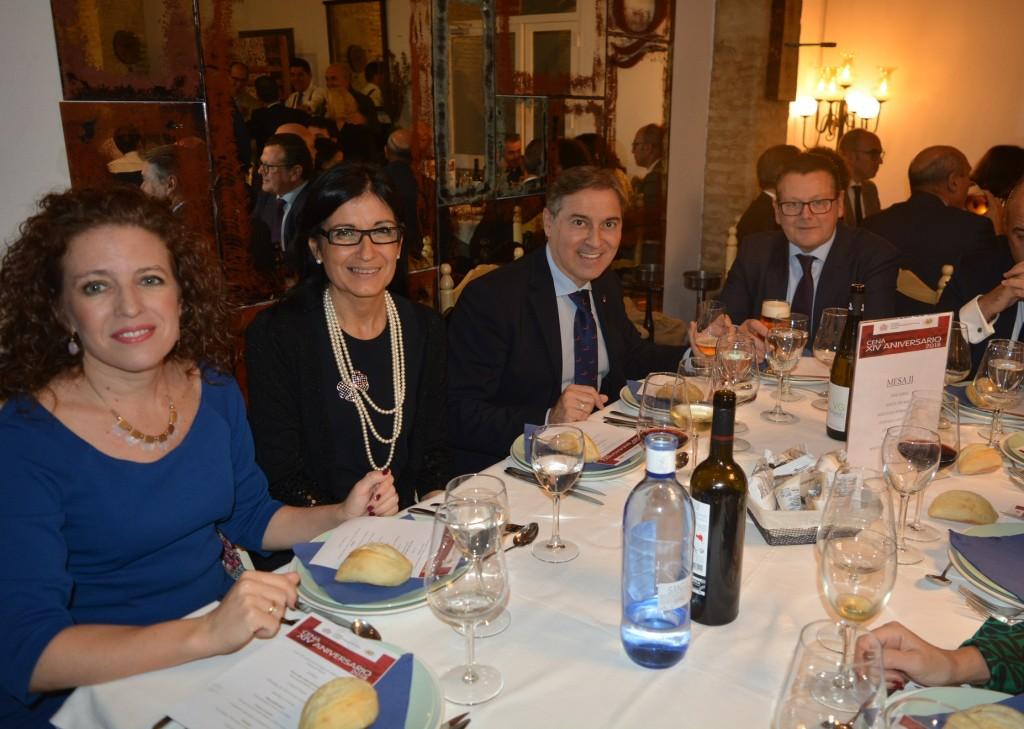 José Feria y esposa, Alicia Creagh, Estíbaliz Ibeas y José Feria