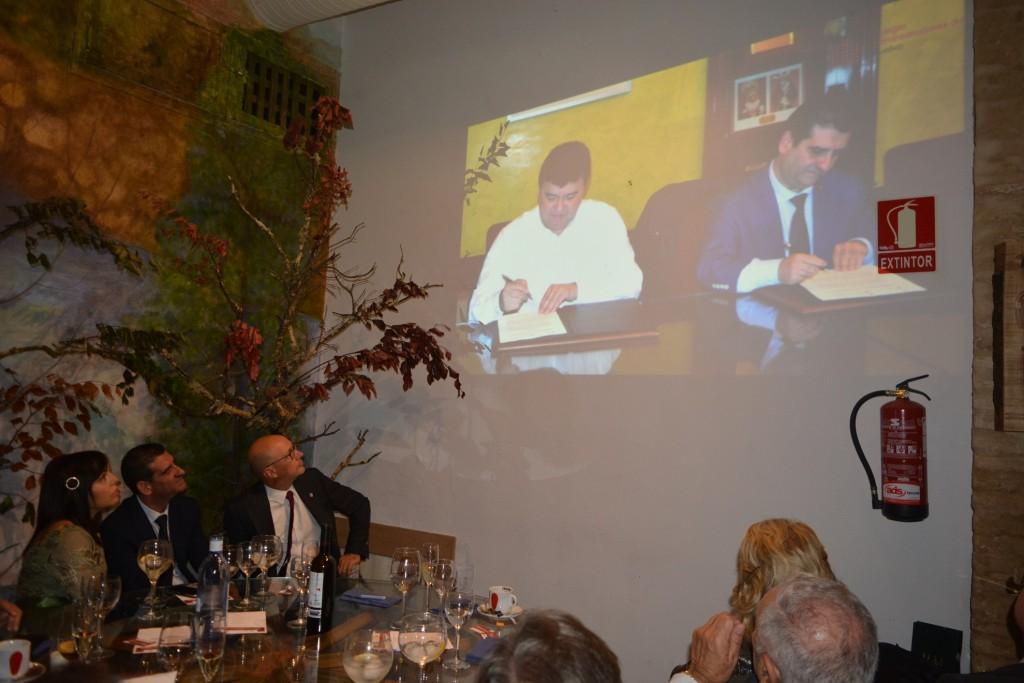 Proyección del vídeo en homenaje a David Toscano