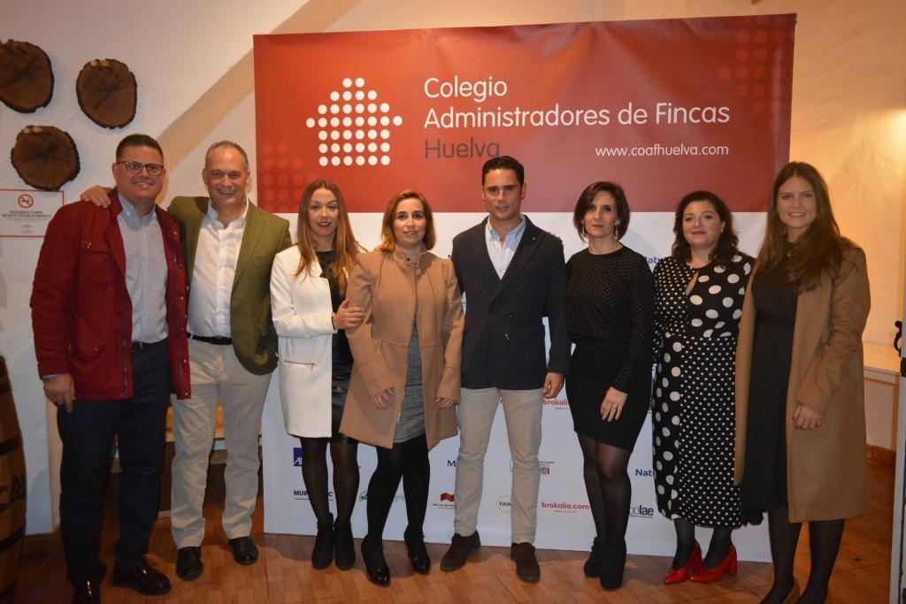 Javier de Vega Domínguez, junto a los miembros de su despacho